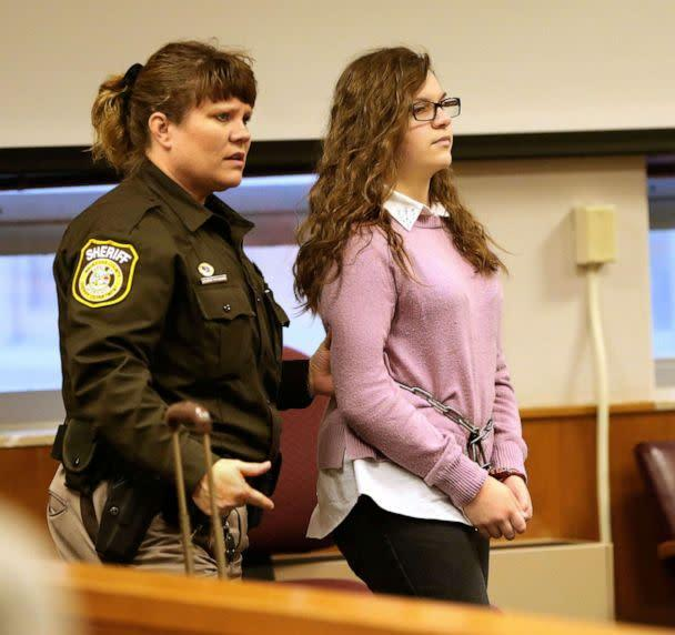 PHOTO: Anissa Weier is escorted into the courtroom for a hearing at Waukesha County Circuit Court, Dec. 22, 2016, in Waukesha, Wis. (Michael Sears/Milwaukee Journal-Sentinel via AP, FILE)