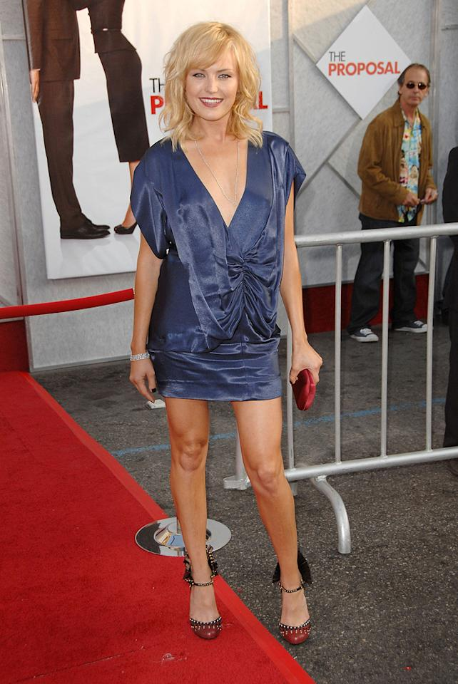 """<a href=""""http://movies.yahoo.com/movie/contributor/1808422842"""">Malin Akerman</a> at the Los Angeles premiere of <a href=""""http://movies.yahoo.com/movie/1810012112/info"""">The Proposal</a> - 06/01/2009"""