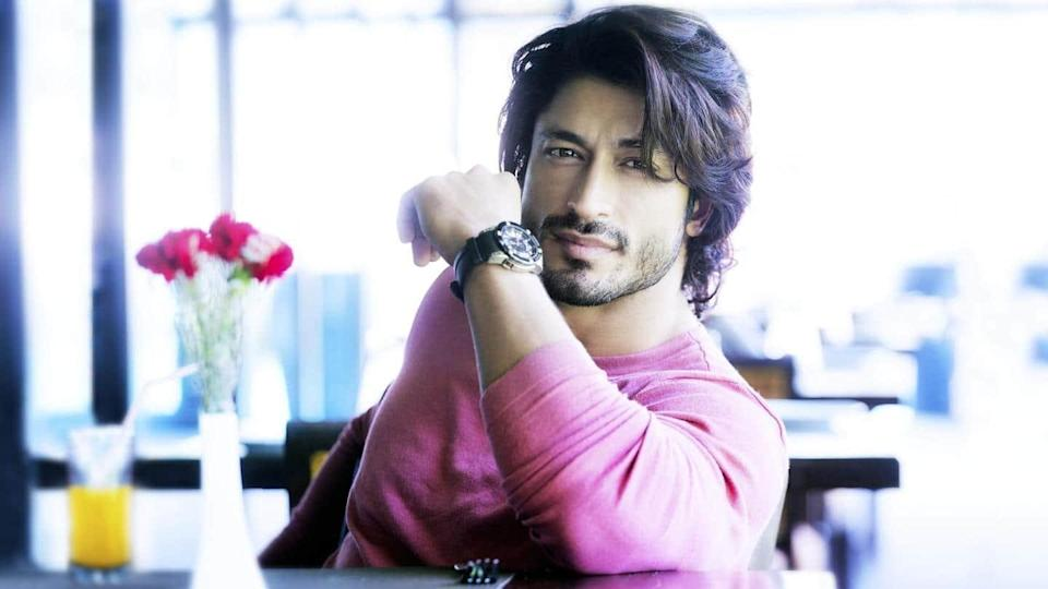 Vidyut Jammwal completes 10 years in showbiz, launches production house