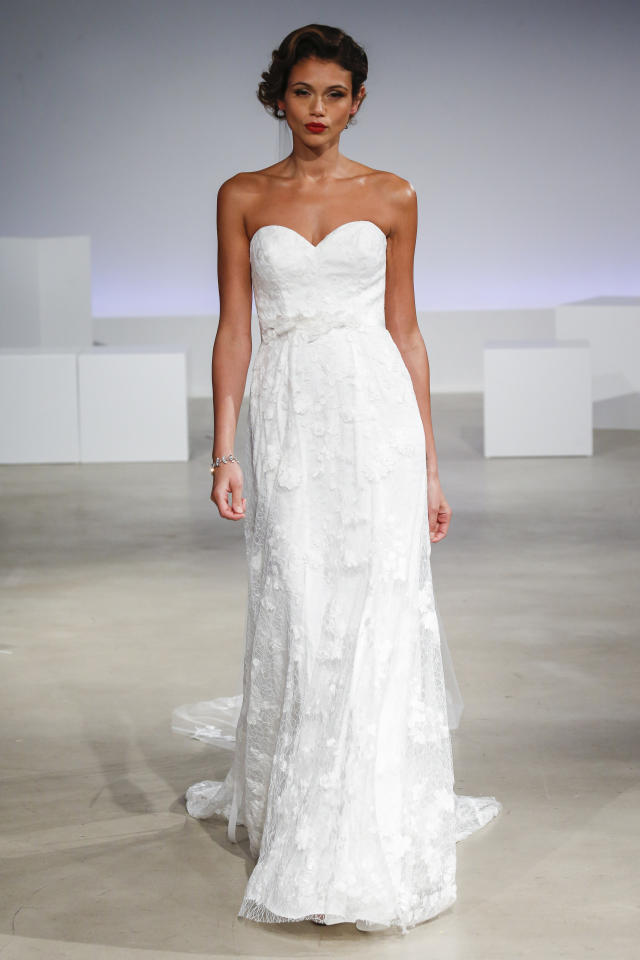 <p>A model wears a gown from the Anne Bargefall-winter 2017 bridal collection.</p><p><i>(Photo: Courtesy of Dan Lecca/Anne Barge)</i></p>