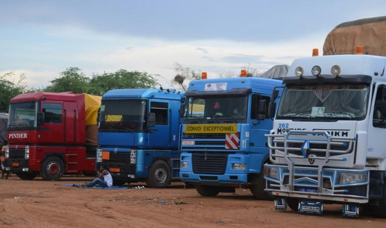 A long line of lorries from Niger and elsewhere in West Africa is stranded at Dan Issa after Nigeria closed its borders (AFP Photo/BOUREIMA HAMA)