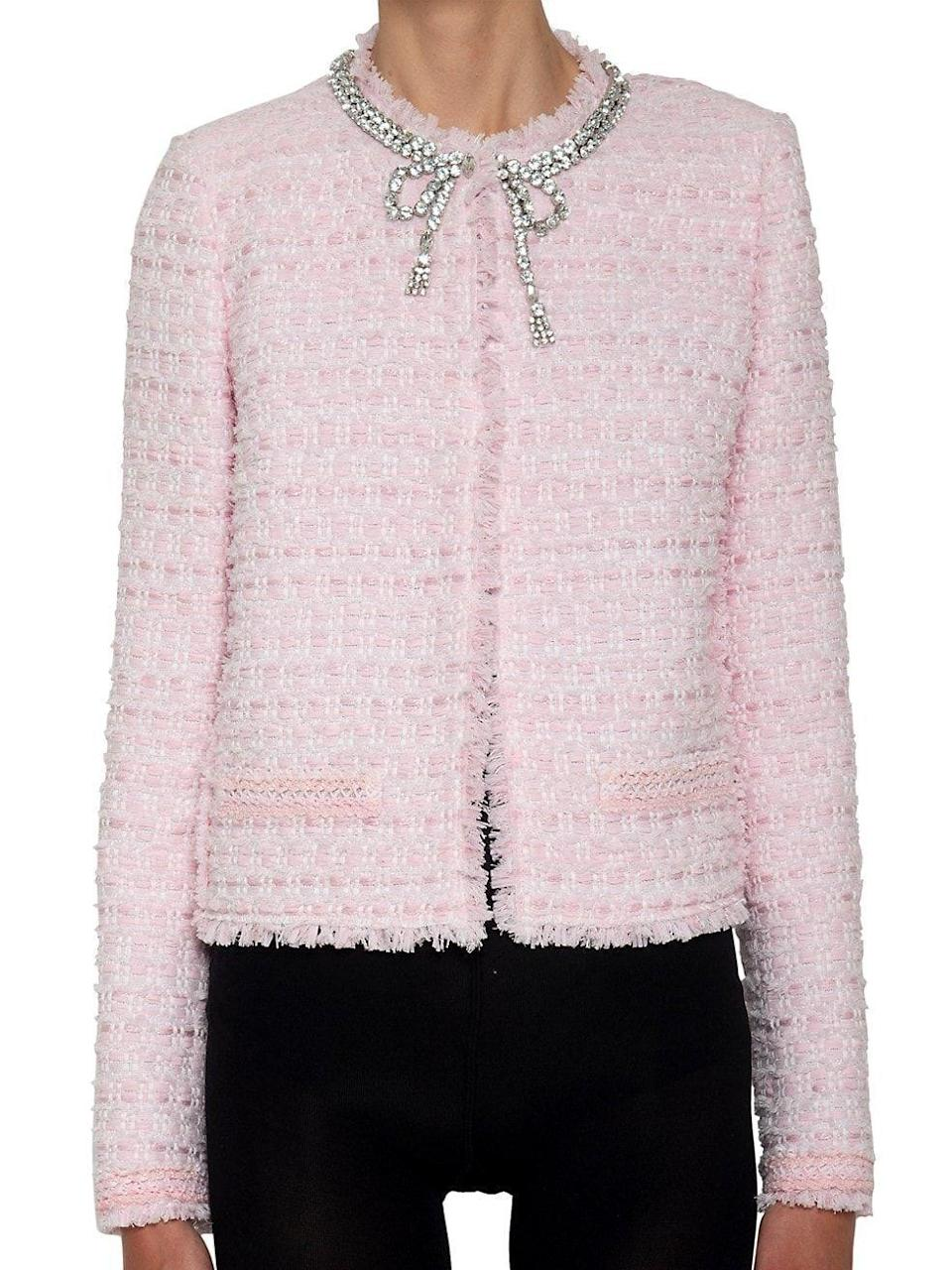 """<p><strong>Giambattista Valli</strong></p><p>saksfifthavenue.com</p><p><strong>$2930.00</strong></p><p><a href=""""https://go.redirectingat.com?id=74968X1596630&url=https%3A%2F%2Fwww.saksfifthavenue.com%2Fproduct%2Fgiambattista-valli-embellished-tweed-jacket-0400013634234.html%3Fdwvar_0400013634234_color%3DLIGHT%2BROSE&sref=https%3A%2F%2Fwww.townandcountrymag.com%2Fstyle%2Ffashion-trends%2Fg36332074%2Fbest-bridal-wedding-jackets%2F"""" rel=""""nofollow noopener"""" target=""""_blank"""" data-ylk=""""slk:Shop Now"""" class=""""link rapid-noclick-resp"""">Shop Now</a></p><p>Spoil your bridesmaids silly if you're having a smaller affair—pair an embellished tweed jacket with a simple silhouette for maximum impact. </p>"""
