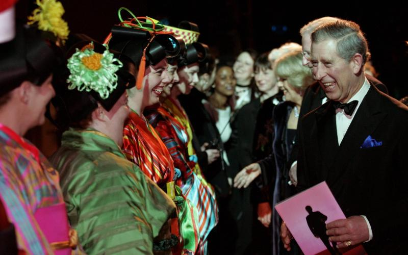 The Prince of Wales goes backstage after the ENO production of Madame Butterfly in 2005 - Carl de Souza/ADP