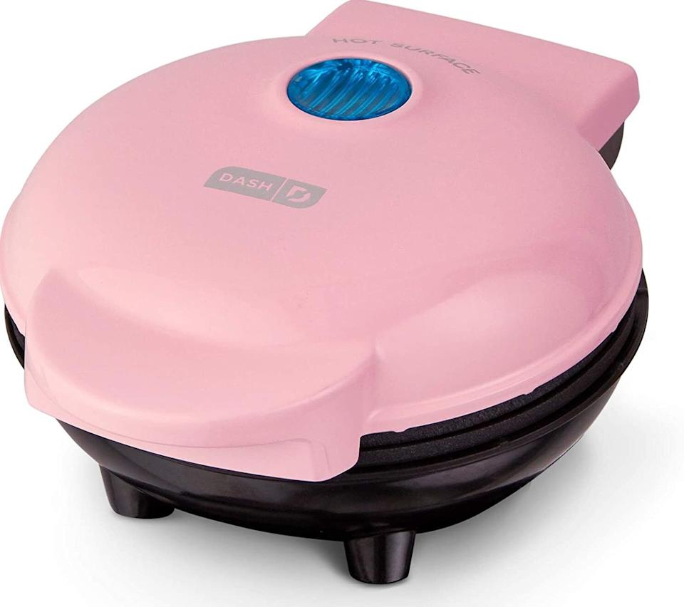 """This willhave you taking your single-serving breakfast and lunch game to new heights, without the stress of cleaning up multiple appliances.<br /><br /><strong>Promising review:</strong>""""I LOVE this little gem. The portion size is perfect for one and you can get creative. It cooks stir-fry-size meats quickly and perfectly. It makes a grilled cheese on a small bun perfectly and cooks an egg perfectly.<strong>Clean up is so easy and quick; I love not messing up a pan and the stove.</strong>I like to eat, but for me, cooking for one is not especially fun. This is almost fun and so easy. All I really use now is this, the microwave, and a coffee pot. The kitchen stays immaculate!"""" —<a href=""""https://amzn.to/3dnfpar"""" target=""""_blank"""" rel=""""nofollow noopener noreferrer"""" data-skimlinks-tracking=""""5723569"""" data-vars-affiliate=""""Amazon"""" data-vars-href=""""https://www.amazon.com/gp/customer-reviews/R3HJC1ZW7VST57?tag=bfjasmin-20&ascsubtag=5723569%2C12%2C31%2Cmobile_web%2C0%2C0%2C0"""" data-vars-keywords=""""cleaning"""" data-vars-link-id=""""0"""" data-vars-price="""""""" data-vars-retailers=""""Amazon"""">Jaiyen</a><br /><br /><strong>Get it from Amazon for <a href=""""https://amzn.to/3e4wuoS"""" target=""""_blank"""" rel=""""noopener noreferrer"""">$9.99+</a> (available in four colors).</strong>"""