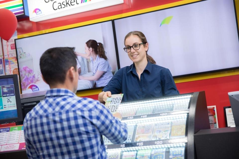 Newsagent sells scratchie ticket to Aussie player in-store. Source: The Lott