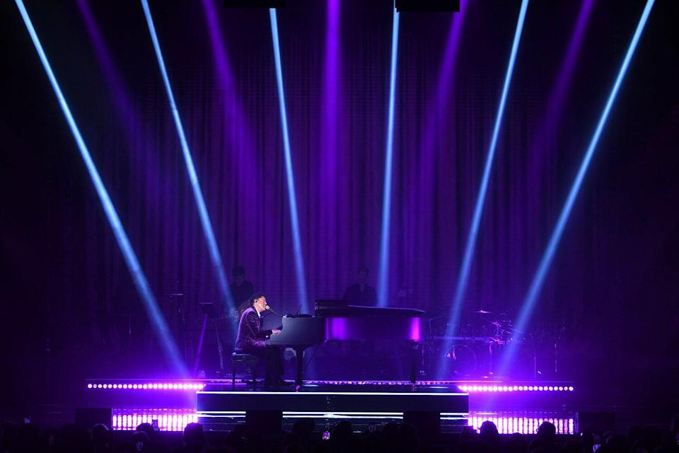 Donny Osmond opens his first solo residency at Harrah's Las Vegas