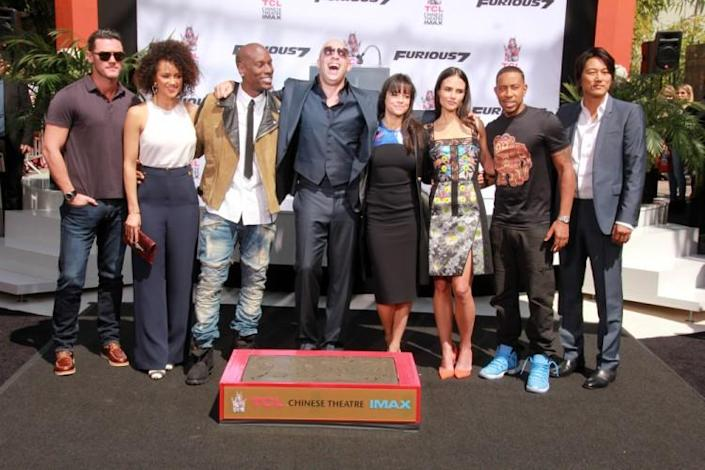 furious, diesel, vin, 7, print, theater, foot, actress, tcl, and, photograph, actor, crew, usa, ceremony, chinese, red, event, celebrity, cast, entertainment, angeles, carapet, los, hand