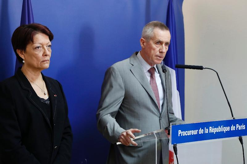 French public prosecutor of Paris Francois Molins (R), flanked by Interpol President Mireille Ballestrazzi, addresses a press conference about the truck attack that killed 84 in Nice, on July 18, 2016 (AFP Photo/Francois Guillot)