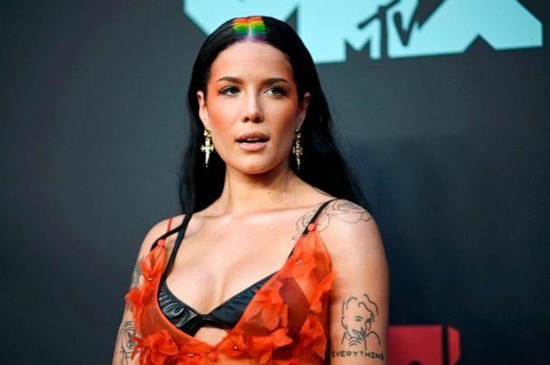 PHOTO: Singer Halsey arrives for the 2019 MTV Video Music Awards at the Prudential Center in Newark, N.J., on Aug. 26, 2019. (Johannes Eisele/AFP/Getty Images)