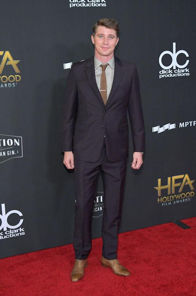 <p>Hedlund looked sharp in a Prada suit. (Photo: Getty Images) </p>