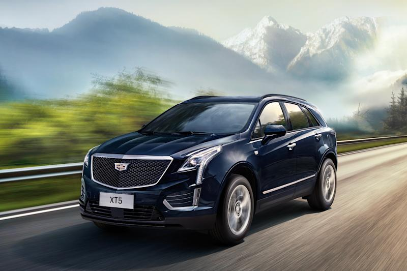 A 2019 Cadillac XT5, a midsize luxury crossover SUV.