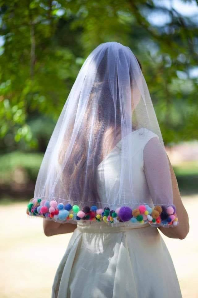 pom-pom wedding veil roasted