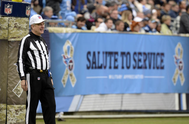 Happy trails: longtime NFL official Jeff Triplette is reportedly retiring; his crew was roundly criticized for its performance in Saturday's Titans-Chiefs game. (AP)