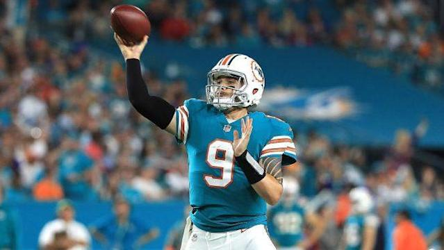 """A mild burst of optimism regarding a Brock Osweiler rebirth has faded to the reality that Osweiler may not be the No. 2 quarterback in Miami, after all. For now, it appears that journeyman David Fales has the edge. Via Barry Jackson of the Miami Herald, Fales looked like the best of three backup contenders [<a href=""""https://profootballtalk.nbcsports.com/2018/06/17/david-fales-may-have-the-inside-track-to-no-2-job-in-miami/"""" rel=""""nofollow noopener"""" target=""""_blank"""" data-ylk=""""slk:more"""" class=""""link rapid-noclick-resp"""">more</a>]"""