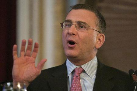 Economist Jonathan Gruber speaks at a conference of the Workers Compensation Research Institute in Boston
