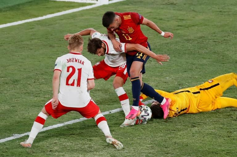 After starting with a stalemate against Sweden, Spain sit third in Group E and may well now have to beat Slovakia in their final game on Wednesday to avoid an embarrassing early exit