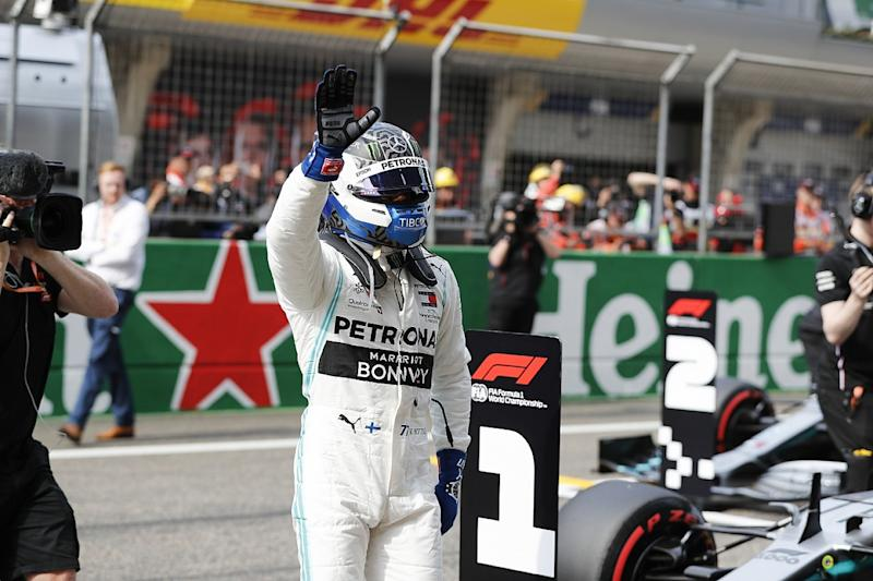 Bottas leads all-Mercedes front row in China