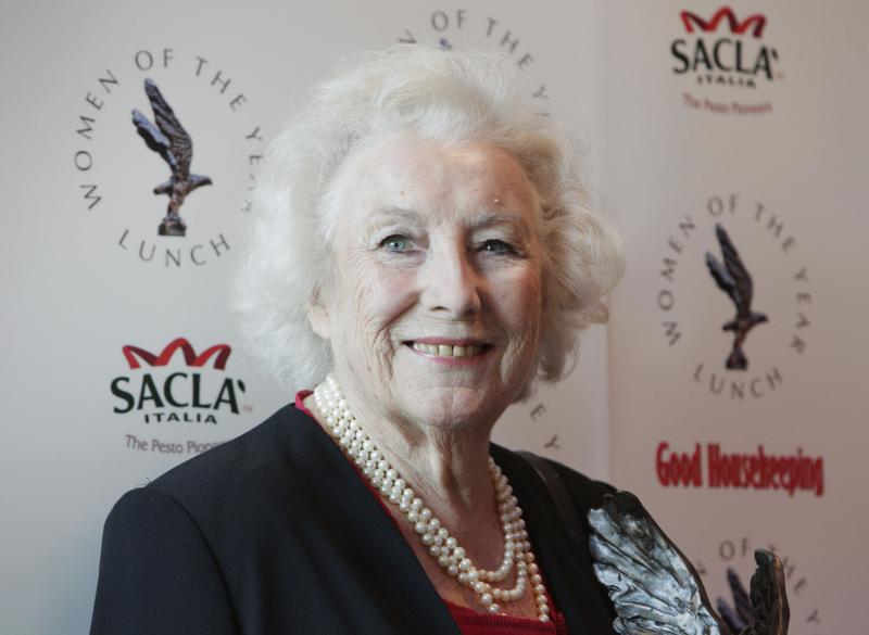 British singer Vera Lynn, who 70 years ago recorded an evocative reminder of home for British soldiers fighting far away, attends the 2009 Women of the Year Awards lunch, in central London, Monday Oct. 12, 2009. The singer, 92, who in September became the oldest living artist to have a No. 1 record in Britain, received the Women of the Year's Lifetime Achievement Award. (AP Photo/Lefteris Pitarakis)