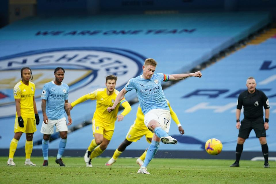 Kevin De Bruyne converts from the penalty spot (Getty)