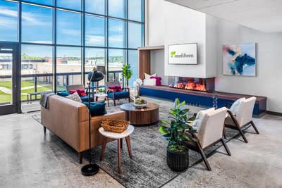 OneFifteen Living great room. Courtesy of Alexandria Real Estate Equities, Inc.