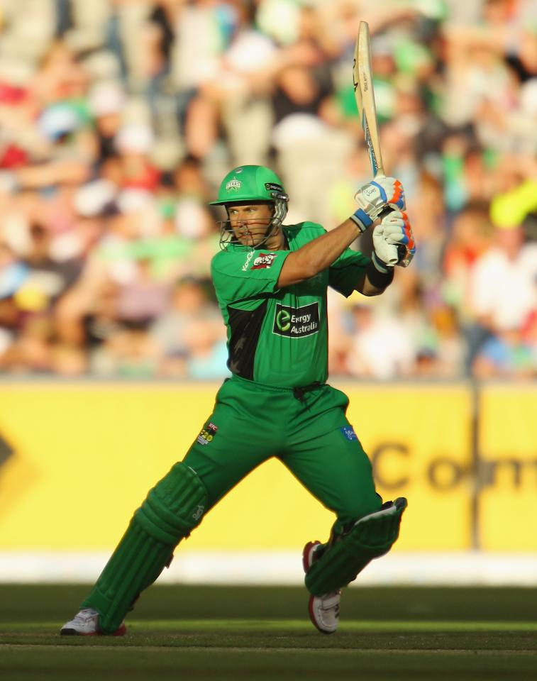 MELBOURNE, AUSTRALIA - DECEMBER 21:  Brad Hodge of the Stars bats during the Big Bash League match between the Melbourne Stars and the Sydney Sixers at Melbourne Cricket Ground on December 21, 2012 in Melbourne, Australia.  (Photo by Scott Barbour/Getty Images)