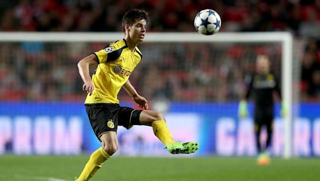 "<p>Remember when people thought being compared to Michael Carrick was a bad thing? Well, compare Weigl to Andrea Pirlo, Xabi Alonso, or Sergio Busquets then. </p> <br><p>The comparison are drawn due to Weigl's superb passing range, and remarkably maturity on the pitch. Still just 21 years of age, Weigl's decision making is remarkable, as for such a busy, dictatorial role in from of the BVB back line, he hardly ever gives the ball away, and maintains a 92% passing accuracy across all competitions (via <a href=""https://www.whoscored.com/Players/142318/Show/Julian-Weigl"" rel=""nofollow noopener"" target=""_blank"" data-ylk=""slk:Whoscored"" class=""link rapid-noclick-resp"">Whoscored</a>).</p> <br><p>Tuchel's side build their attacks from the back, and Weigl is critical to this, capable of winning the ball back in his own right, but also has a remarkable knack to bring his teammates into the game, in order to start these often relentless attacks. </p> <br><p>Monaco will be without key ball-winning midfielder Tiemoué Bakayoko, who is suspended, which may prove critical, as a less experienced player will have to deputise and may allow Weigl more freedom than Bakayoko would have. </p>"