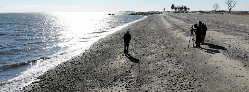 The Mavic Air's footage is often marred by blown-out highlights (sun, left) and goopy, murky shadows (people, right).