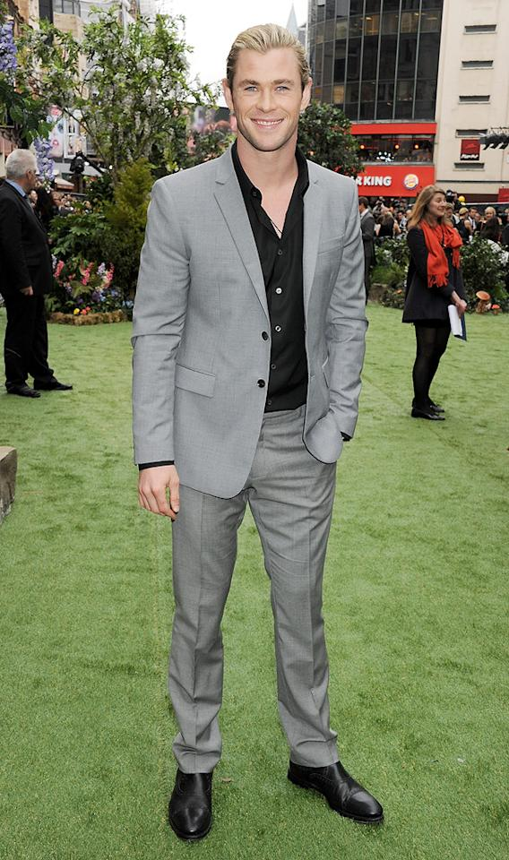 "Chris Hemsworth attends the London premiere of ""Snow White and the Huntsman"" on May 14, 2012."