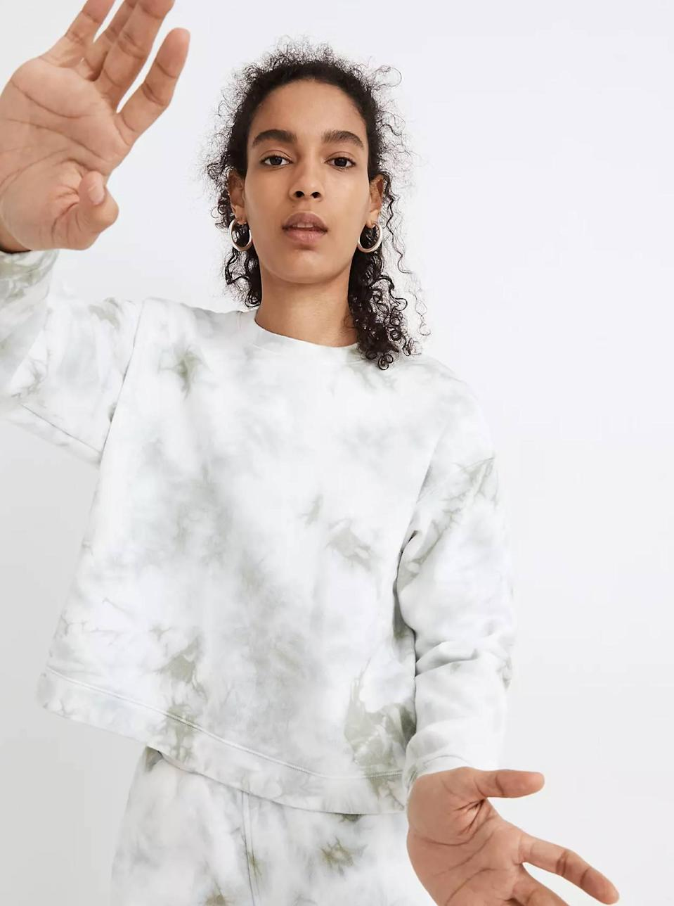 """When the evenings cool down, you'd better have yourself a reliable cozy sweatshirt you can throw on. This tie-dye one fits the bill. $79.5, Madewell. <a href=""""https://www.madewell.com/tie-dye-%28re%29sourced-cotton-swing-sweatshirt-MA899.html?"""" rel=""""nofollow noopener"""" target=""""_blank"""" data-ylk=""""slk:Get it now!"""" class=""""link rapid-noclick-resp"""">Get it now!</a>"""