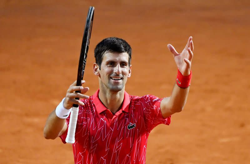 Djokovic out to make amends in Paris for U.S. Open fiasco