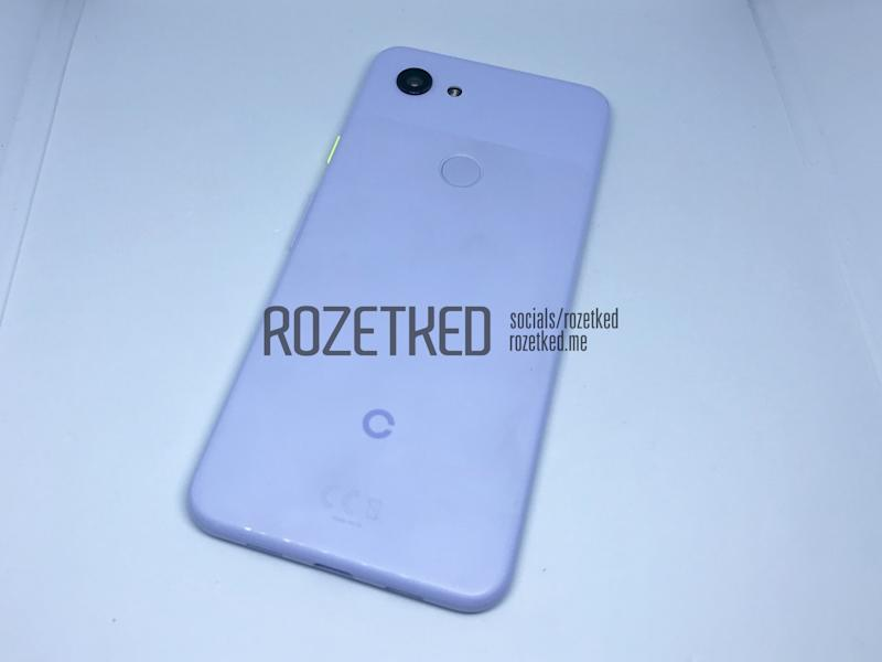 The mid-range Google Pixel appears in pictures-complete with headphone jack