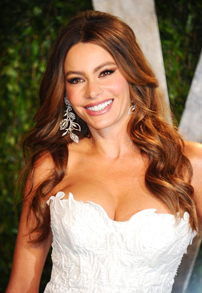 Sofia Vergara at 2012 Vanity Fair Oscar Party Hosted By Graydon Carter - Arrivals