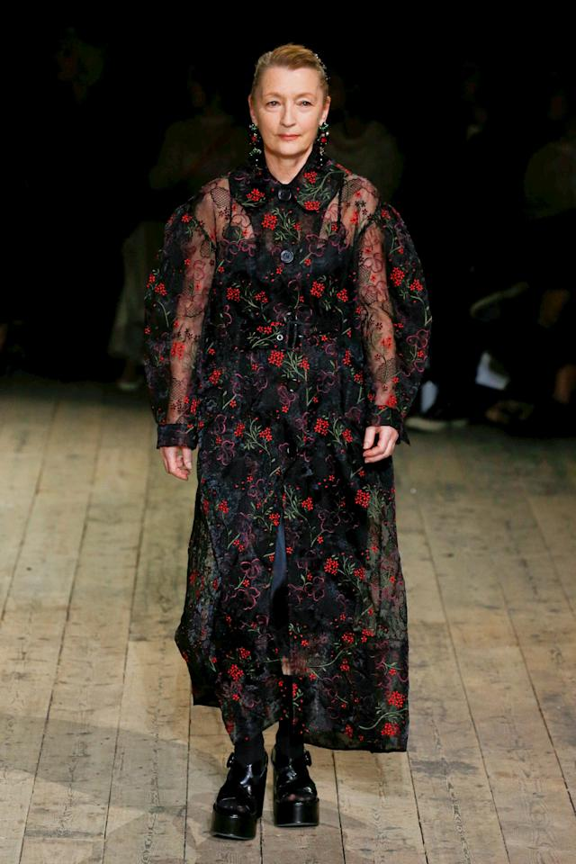 """The actress <a href=""""https://www.wmagazine.com/story/gary-oldman-leslie-manville-son-oscar-nominees?mbid=synd_yahoo_rss"""">Lesley Manville</a> might be new to the runway, but she certainly isn't new to fashion. Her turn on Simone Rocha's runway came less than two years after she stole the show in <em><a href=""""https://www.wmagazine.com/story/exclusive-daniel-day-lewis-giving-up-acting-phantom-thread?mbid=synd_yahoo_rss"""">Phantom Thread</a>.</em>"""