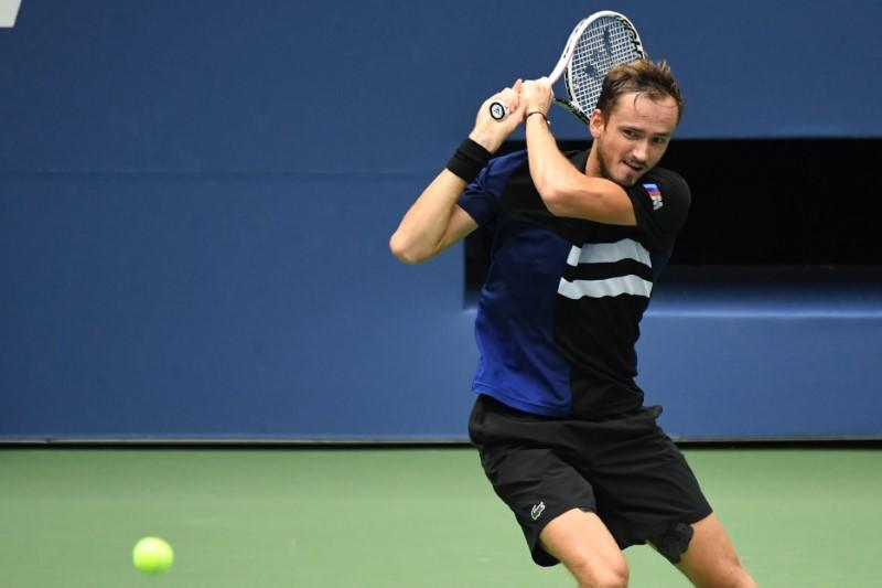 Medvedev banks on experience for U.S. Open semis