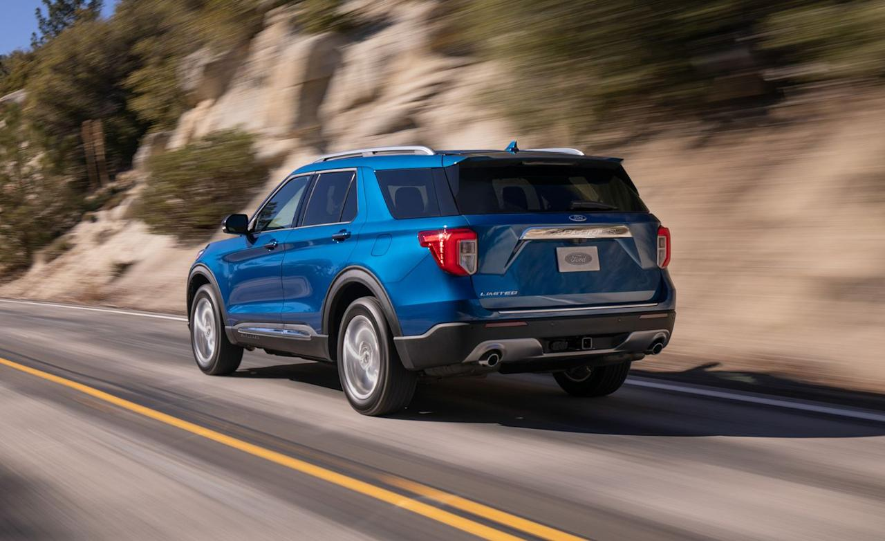 <p>Ford's three-row family hauler reverts to rear-drive architecture.</p>