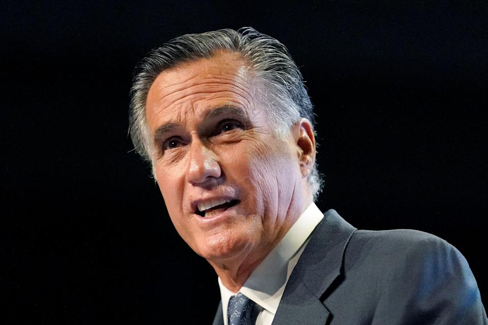 Mitt-Romney-Censure-Vote (Copyright 2021 The Associated Press. All rights reserved)