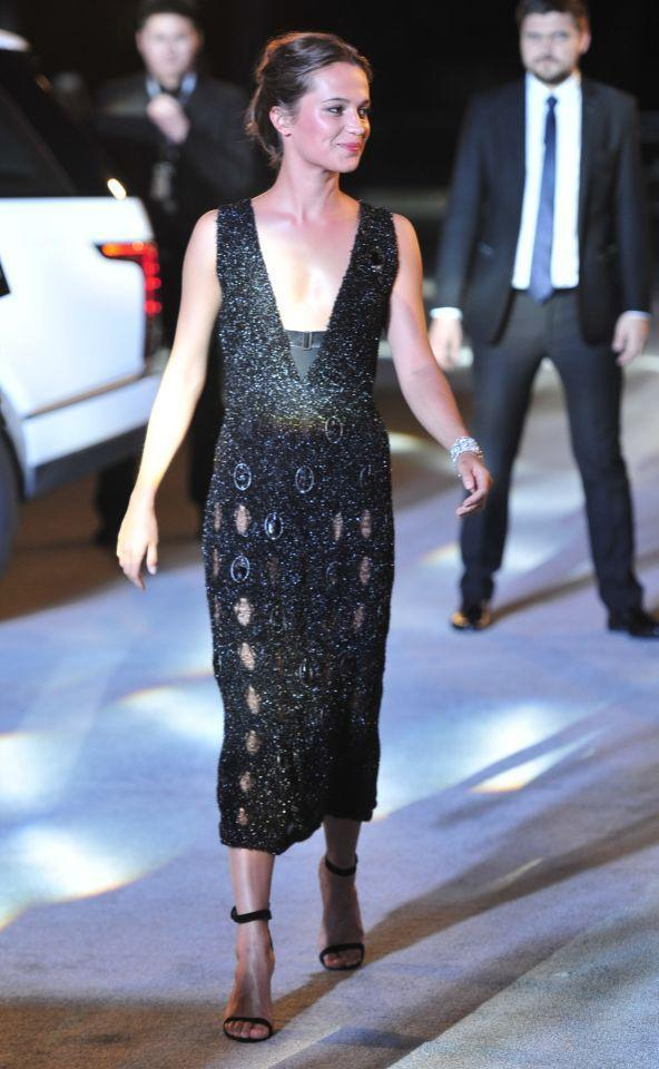 <p>We can't get enough of the actress's stunning style. This glittering Louis Vuitton number is just another reason why she's one of our favourites to watch on the red carpet. <i>(Photo: Rex)</i><br></p>