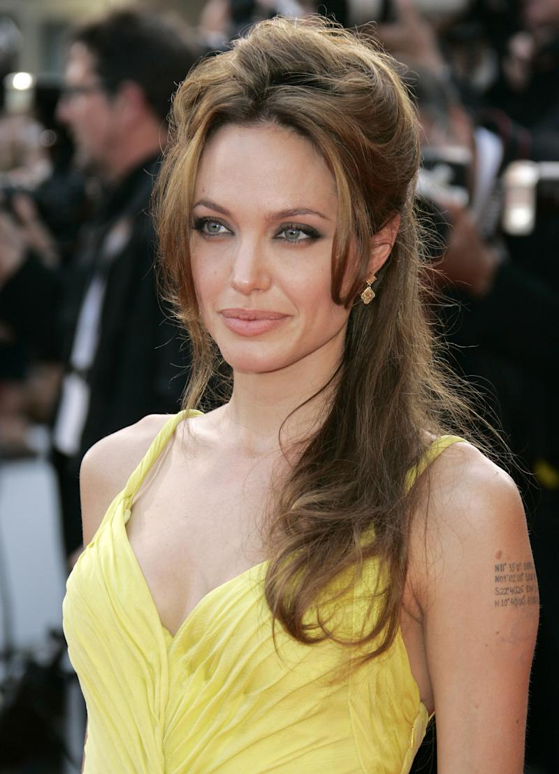 Angelina Jolie wore her brown hair in a teased half-up do in 2007.