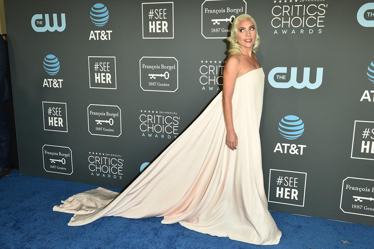 <p>Lady Gaga durante su paso por la alfombra de los Critics' Choice Awards. Getty Images </p>