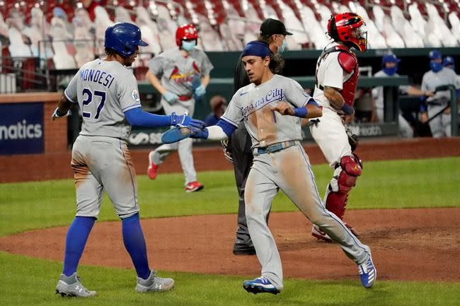 Cardinals score 4 in 9th, beat KC; Fowler, Flaherty sit out