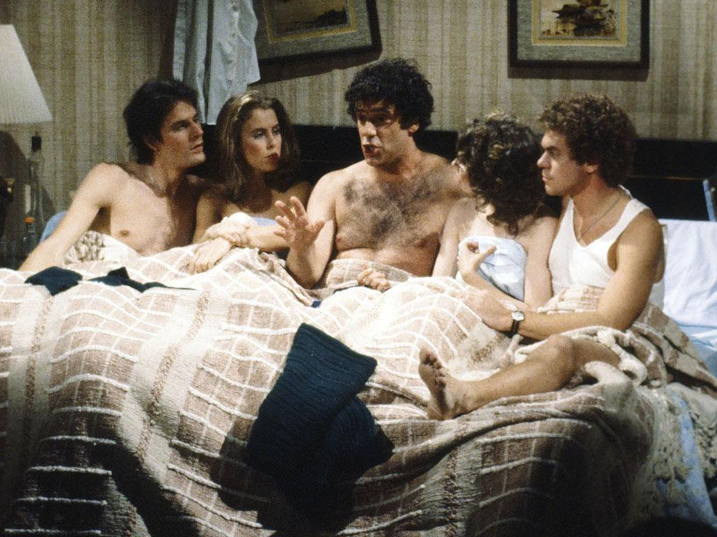 SATURDAY NIGHT LIVE -- Episode 1 -- Pictured: (l-r) Charles Rocket, Gail Matthius, Elliott Gould, Ann Risley, Joe Piscopo during the 'Bedroom' skit on November 15, 1980 -- Photo by: Fred Bronson/NBC/NBCU Photo Bank