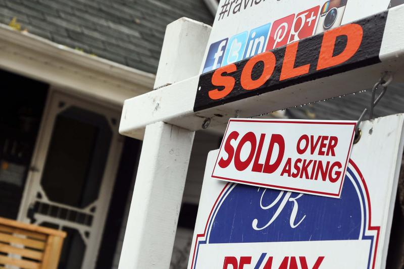 Toronto home prices almost tripled between 2000 and 2007 (Getty Images)
