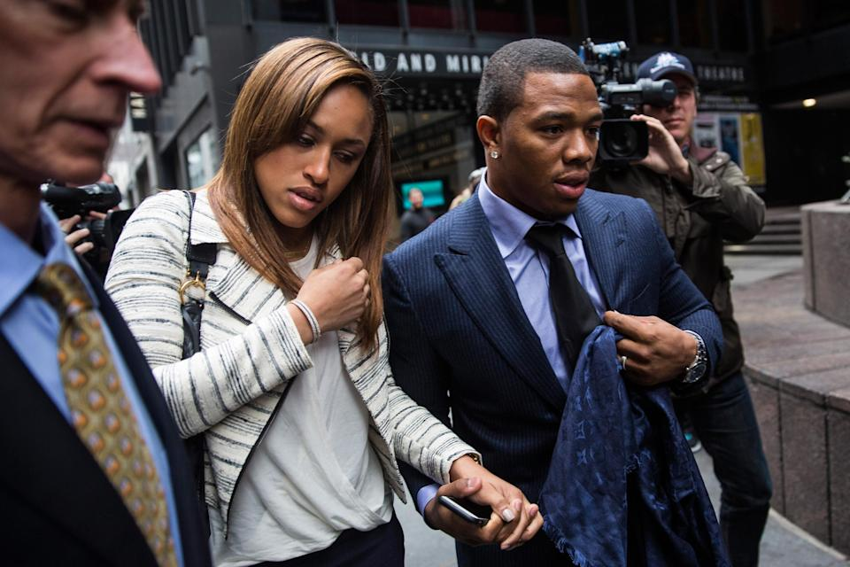 Former Baltimore Ravens player Ray Rice and his wife Janay Palmer arrive for a hearing in New York on November 5, 2014 (AFP Photo/Andrew Burton)