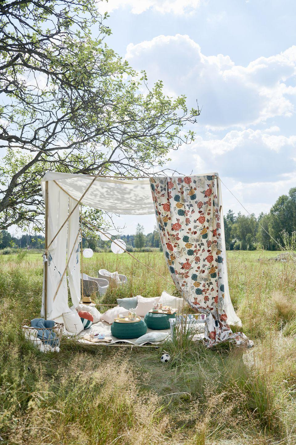 """<p>Dreaming of a lazy garden <a href=""""https://www.countryliving.com/uk/wildlife/countryside/a32891049/plastic-free-picnic/"""" rel=""""nofollow noopener"""" target=""""_blank"""" data-ylk=""""slk:picnic"""" class=""""link rapid-noclick-resp"""">picnic</a>? IKEA's stunning new range includes everything you need for alfresco dining, from a charcoal barbecue to cooking utensils. As part of their 'Everyday Celebrations' trend, you'll be sure to find stylish must-haves at purse-friendly prices.</p><p>""""Cooking is a wonderful way to unwind, particularly in the sunshine and open air,"""" Rosheen Forbes, Commercial Activity & Events Leader at IKEA UK and Ireland, says. """"When it comes to dining, it's all about the simple pleasures and making things effortless.""""</p><p><strong>READ MORE</strong>: <a href=""""https://www.countryliving.com/uk/wildlife/countryside/a32891049/plastic-free-picnic/"""" rel=""""nofollow noopener"""" target=""""_blank"""" data-ylk=""""slk:6 easy hacks for a waste-free picnic"""" class=""""link rapid-noclick-resp"""">6 easy hacks for a waste-free picnic</a></p>"""