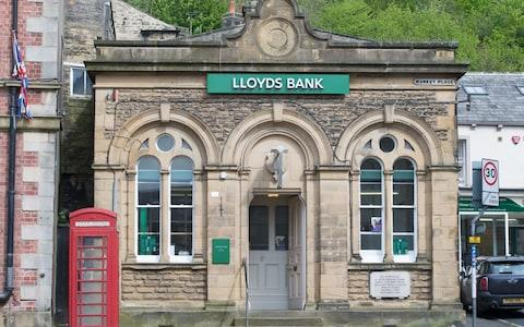 Lloyds Bank - Credit: Washington Imaging / Alamy