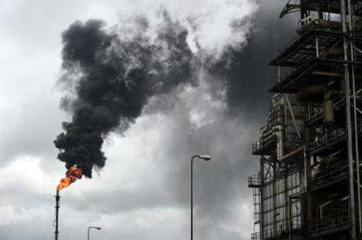 Nigeria oil rebels announce ceasefire