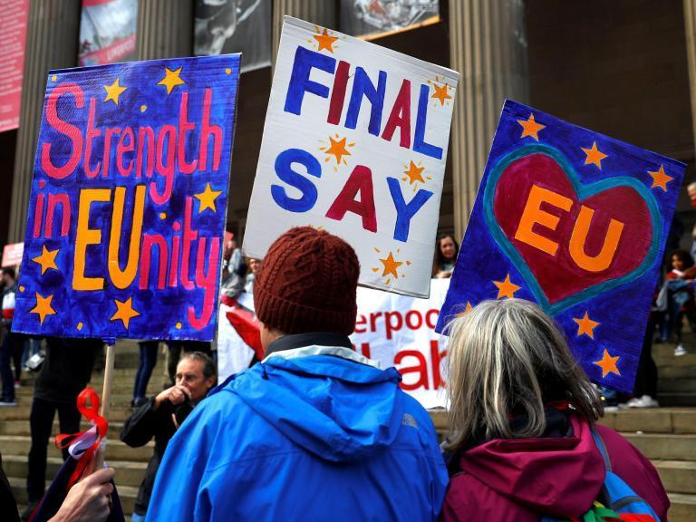 Brexit march - LIVE: 'Over half a million protesters' head to parliament to demand People's Vote on final deal