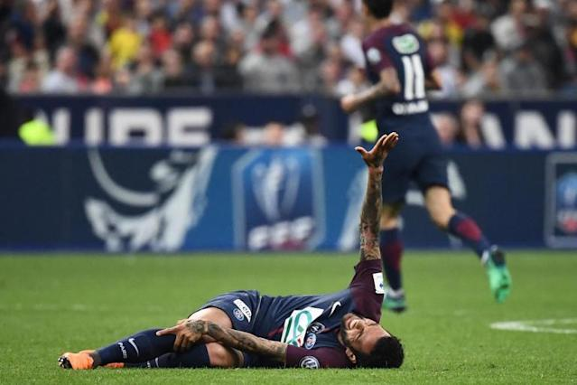Brazil defender Dani Alves ruled out of World Cup with knee injury sustained in PSG Cup win