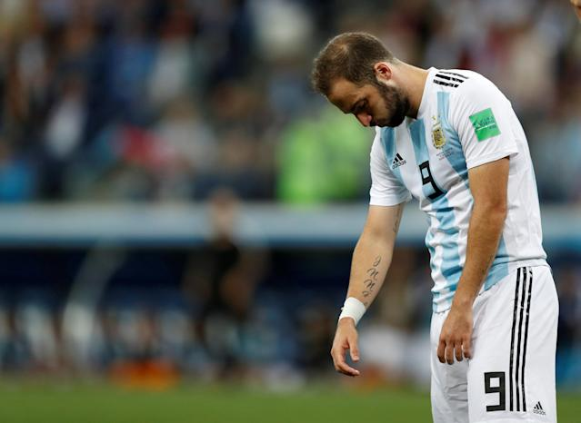 Soccer Football - World Cup - Group D - Argentina vs Croatia - Nizhny Novgorod Stadium, Nizhny Novgorod, Russia - June 21, 2018 Argentina's Gonzalo Higuain looks dejected after the match REUTERS/Matthew Childs TPX IMAGES OF THE DAY