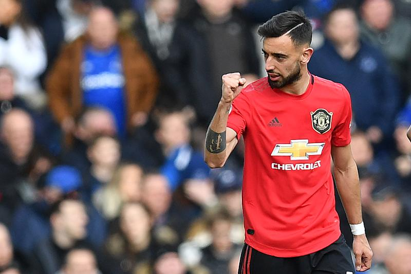 A spectacular first-half equalizer by Bruno Fernandes gave Manchester United a valuable point at Everton on Sunday. (Paul Ellis/Getty)